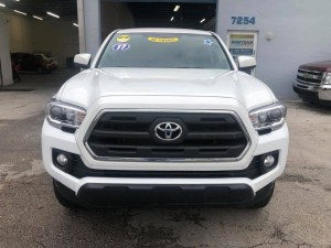 2017 toyota Tacoma Pick up